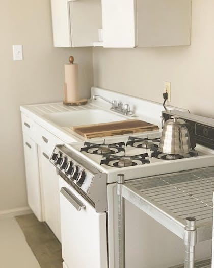 In-Room Kitchen | Miracle Manor Boutique Hotel & Spa