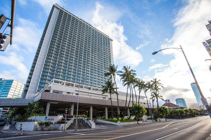 Featured Image | Ala Moana by Hostie