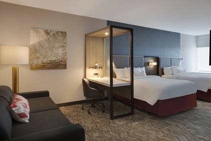 Guestroom | SpringHill Suites by Marriott Hampton Portsmouth