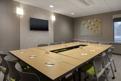 Meeting Facility | SpringHill Suites by Marriott Hampton Portsmouth