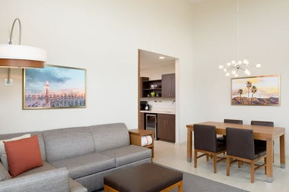 Living Area | Hyatt Place Pasadena