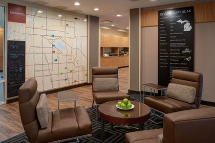 Lobby Sitting Area | TownePlace Suites by Marriott Grand Rapids Airport