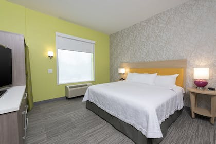 Room | Home2 Suites by Hilton Indianapolis Airport