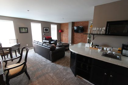 Private Kitchenette | Lodging at the Gaffer Inn