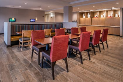 Breakfast Area | TownePlace Suites by Marriott Merced