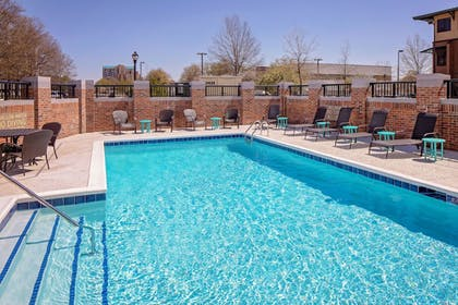 Outdoor Pool | Hyatt Place Florence Downtown