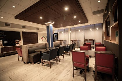 Restaurant | Holiday Inn Express And Suites Boston South - Randolph