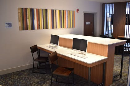 Miscellaneous | Holiday Inn Express And Suites Boston South - Randolph