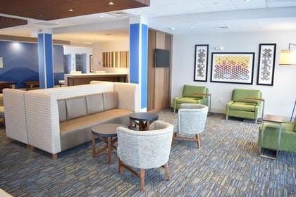 Featured Image | Holiday Inn Express And Suites Boston South - Randolph