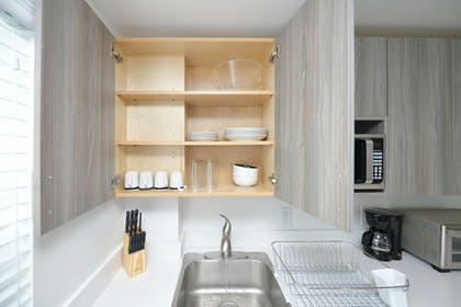 In-Room Kitchen | The Getty Suites