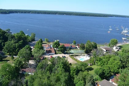 Aerial View | Buzz's Lakeside Inn