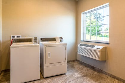 Laundry Room | Cobblestone Hotel and Suites Torrington