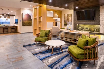 Hotel Interior | Fairfield Inn & Suites by Marriott Fort Worth Southwest at Cityview