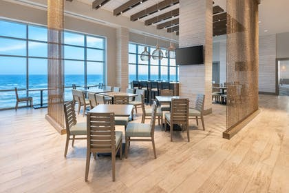 Restaurant | SpringHill Suites by Marriott Panama City Beach Beachfront