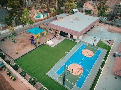 Childrens Play Area - Outdoor | 5615 Properties