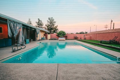 Pool | 5615 Properties