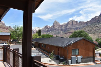 Exterior | Zion Canyon Lodge