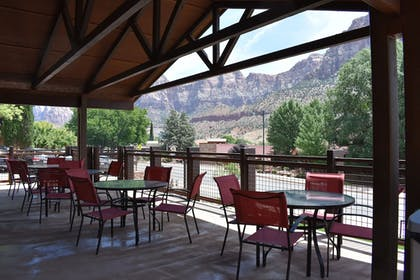 Terrace/Patio | Zion Canyon Lodge