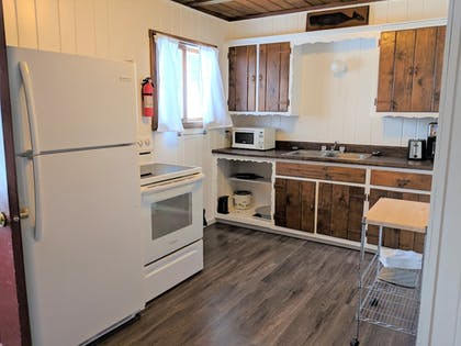 In-Room Kitchen | Coadys' Point of View Lake Resort