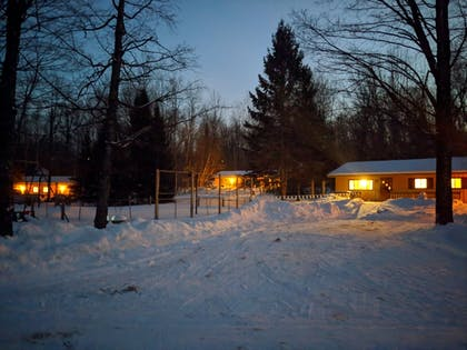 Hotel Front - Evening/Night | Coadys' Point of View Lake Resort