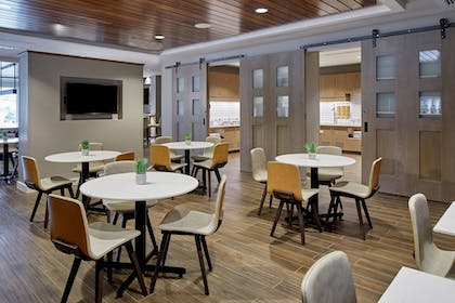 Restaurant | Residence Inn by Marriott Cleveland University Circle/Medical Center