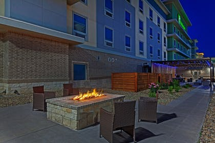 Terrace/Patio | Holiday Inn Amarillo East