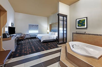 Room | Holiday Inn Amarillo East