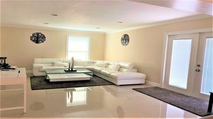 Living Area | Luxury Villa Oasis & Private Pool