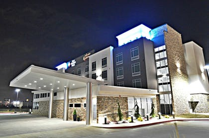 Exterior | Best Western Plus Executive Residency Oklahoma City I-35
