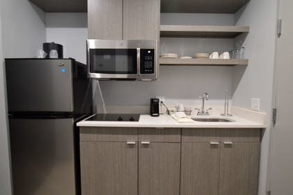 Private Kitchen | Best Western Plus Executive Residency Oklahoma City I-35