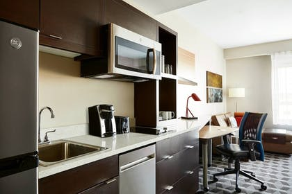 Room | TownePlace Suites by Marriott St. Louis O'Fallon