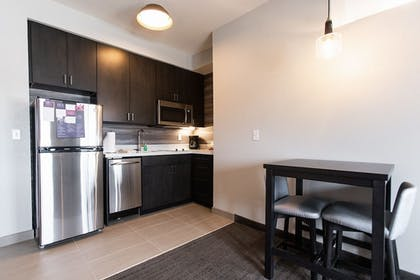 Private Kitchen | Residence Inn by Marriott Tulsa Midtown