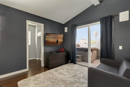 Living Area | Pacific Beach Haven 3 BR Perfect Location!