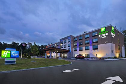 Exterior | Holiday Inn Express And Suites Painesville - Concord