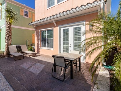 Terrace/Patio | Margaritaville Cottages Orlando by VStays