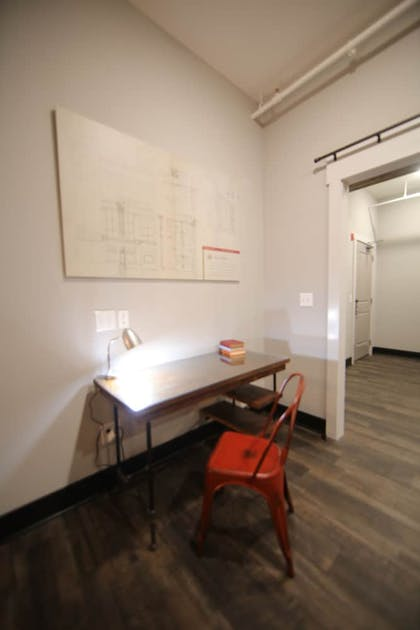 In-Room Business Center | Gibson's Warehouse
