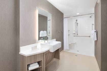 Room | SpringHill Suites by Marriott Tifton