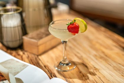 Food and Drink | Cambria Hotel Houston Downtown Convention Center
