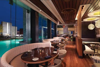 Restaurant | Jet Luxury at Palms Place