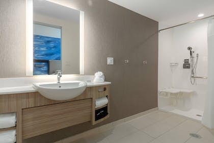 Room | SpringHill Suites by Marriott Bradenton Downtown/Riverfront