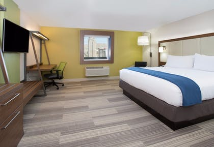 Room | Holiday Inn Express & Suites Wentzville St Louis West