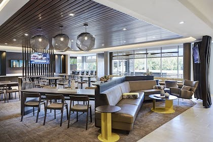 Interior | SpringHill Suites by Marriott Oakland Airport