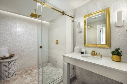 Bathroom | Cardozo Hotel South Beach