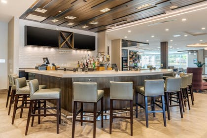 Bar | Cambria Hotel Fort Mill