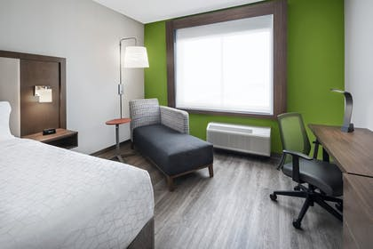 Room | Holiday Inn Express & Suites Odessa I-20