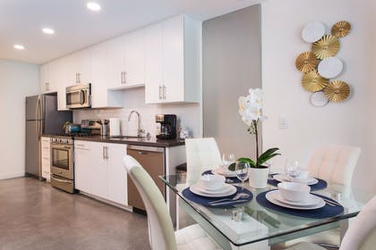 In-Room Dining | Downtown LA Luxury Two Bedroom Apartment