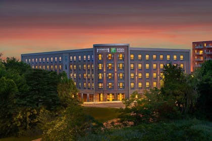 Featured Image | Holiday Inn Express Boston South - Quincy
