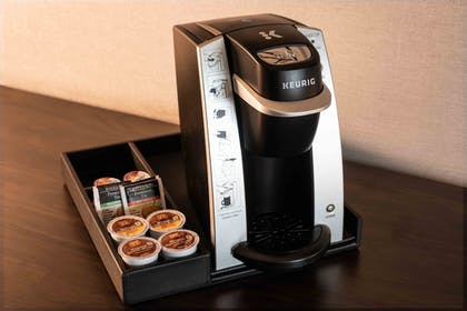 Coffee and/or Coffee Maker | Holiday Inn Express Boston South - Quincy