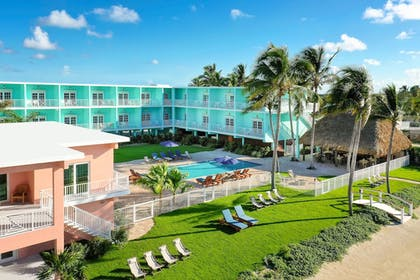Exterior | Grassy Flats Resort & Beach Club