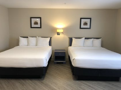 Guestroom | Independence Stay